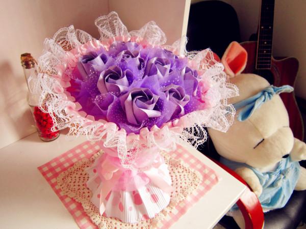 彩虹玫瑰 折纸玫瑰花束