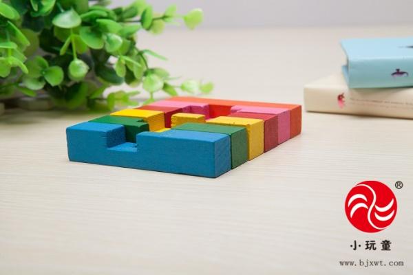 把六根鲁班锁主要分为两大类:a类和b类