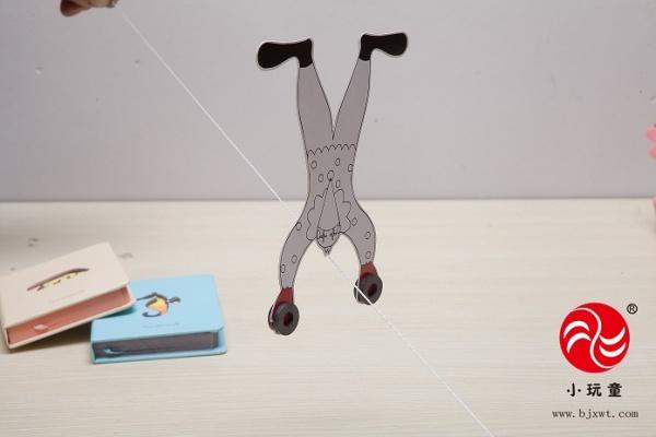 科技小制作-科学小丑走钢丝实验
