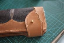 植鞣革镶嵌珍珠鱼皮做旧长款钱夹