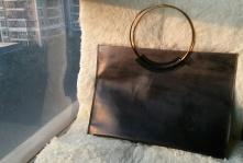 铜与皮的包
