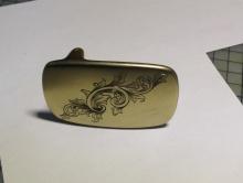 手工雕刻黄铜板扣