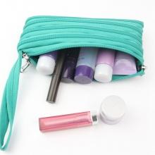 用拉链做的便捷式化妆包,笔袋,手机包